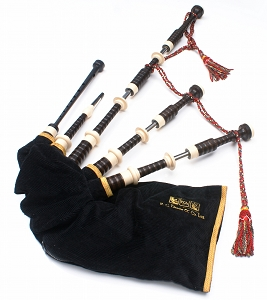 R.G. Hardie 03 Great Highland Bagpipes