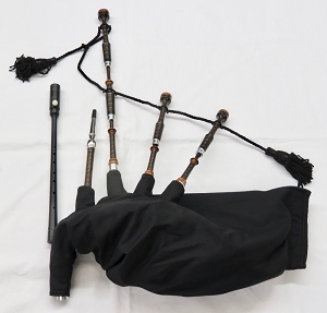 McCallum African Blackwood Folk Pipes with Mopain and Alloy Mounts